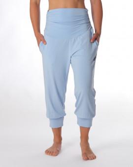 Krátké kalhoty na jógu...